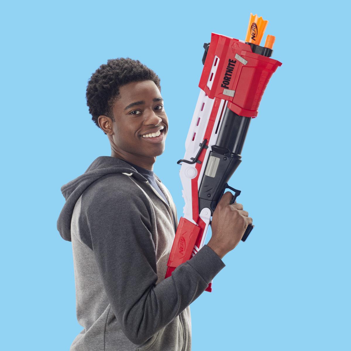 Nerf MEGA Fortnite TS Blaster Lifestyle 2